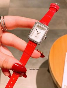 Đồng hồ nữ Chanel mặt vuông mini dây da đỏ giá rẻ