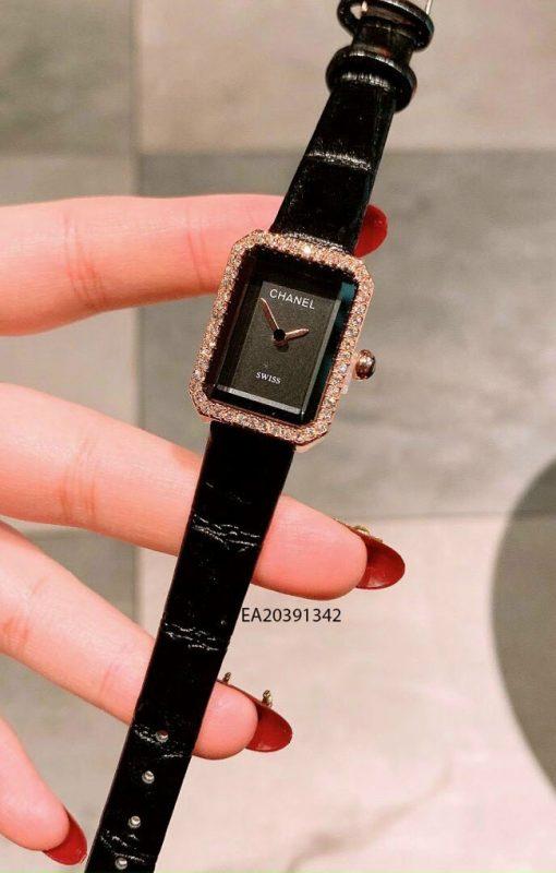Đồng hồ nữ Chanel mặt vuông mini dây da đen giá rẻ