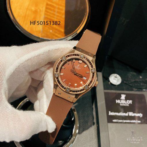 Đồng hồ hublot nữ dây cao su màu nâu đính đá cao cấp